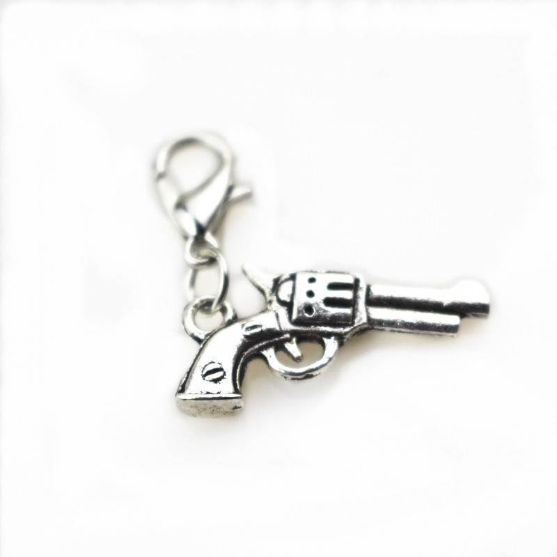 2017 Hot 20pcs/lot lobster clasp hanging charms silver gun dangle charms for glass floating lockets necklace making jewelry